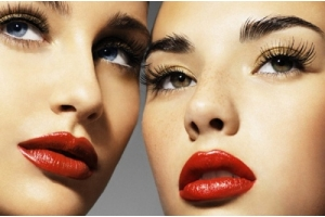 How to apply mascara: Makeup Secrets